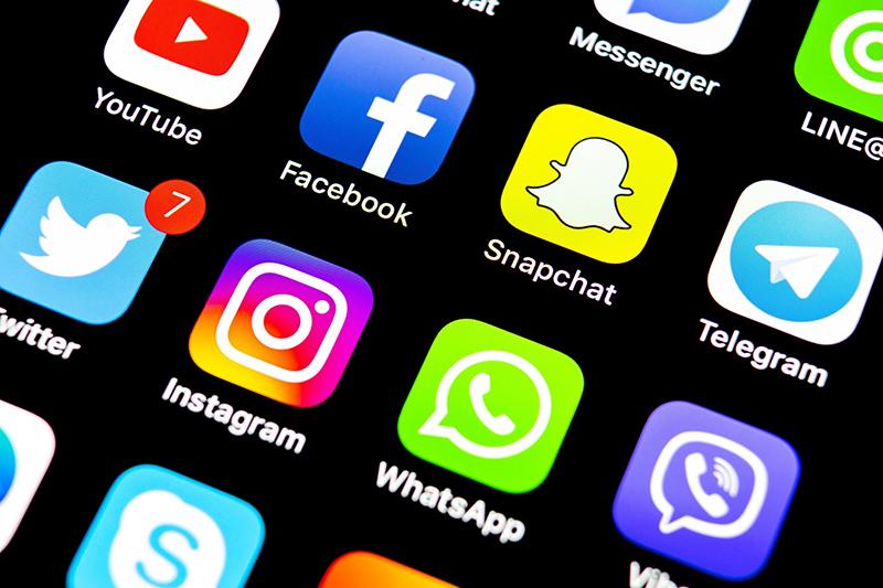 Sosyal Medya Düzenlemesi Ekim Ayına Sarkabilir