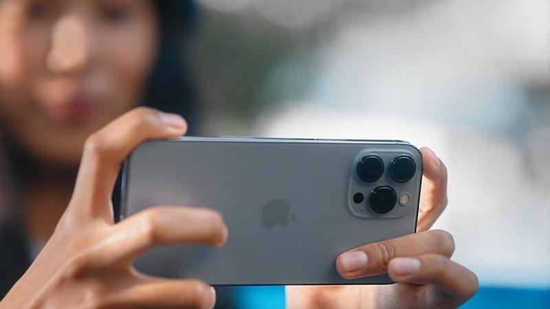 iPhone 13 ön sipariş