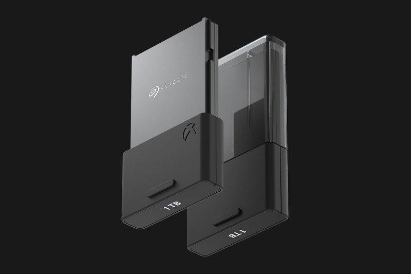 Xbox Series S/X depolama genişletme kartı