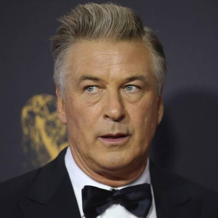 Film Yıldızı Alec Baldwin, Sette Görüntü Yönetmenini Öldürdü!